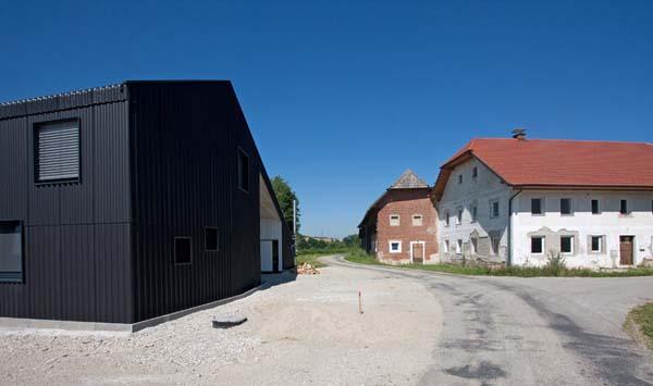 Casa prefabricada minimalista en gunskirchen austria for Casas prefabricadas minimalistas