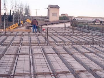 Elementos estructurales horizontales prefabricados en concreto for Techos de concreto para casas