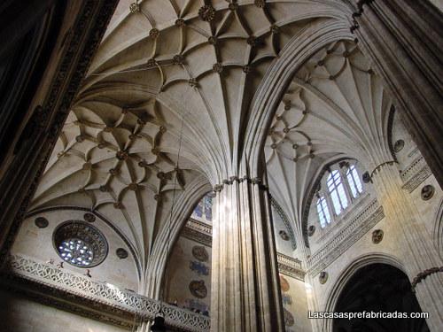 Pilar fasciculado clásico de la arquitectura gótica