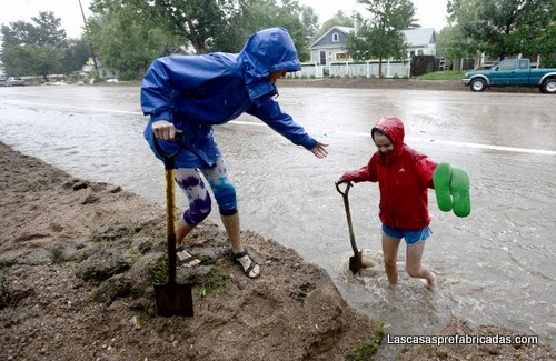 Inundacion de casas por las lluvias