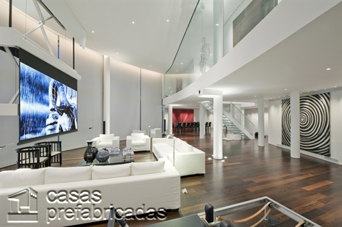 Mezzanine moderno en ambiente con pantallas LCD (13)