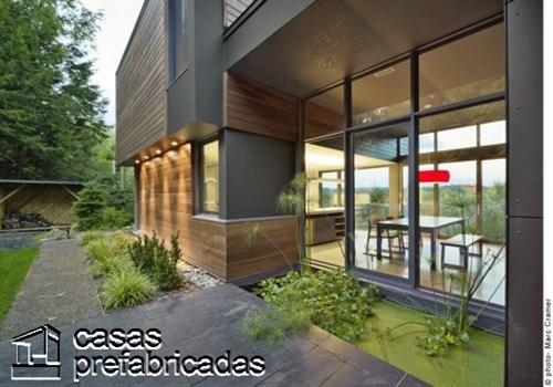 300 m2 T- House en Canadá por Natalie Dionne Architecture (8)