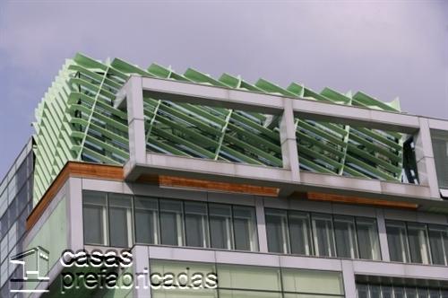 Compleja decoración de interiores en la CDC en Eslovenia (1)