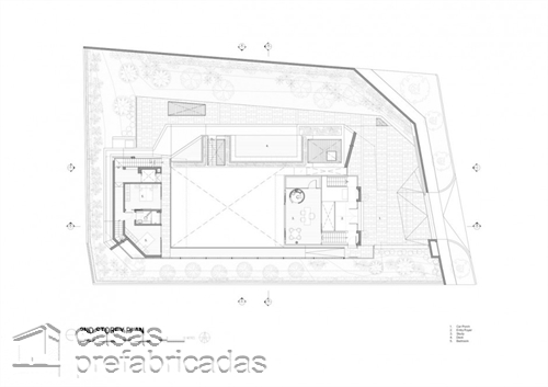 Perfecta casa moderna construida sobre terreno irregular (17)