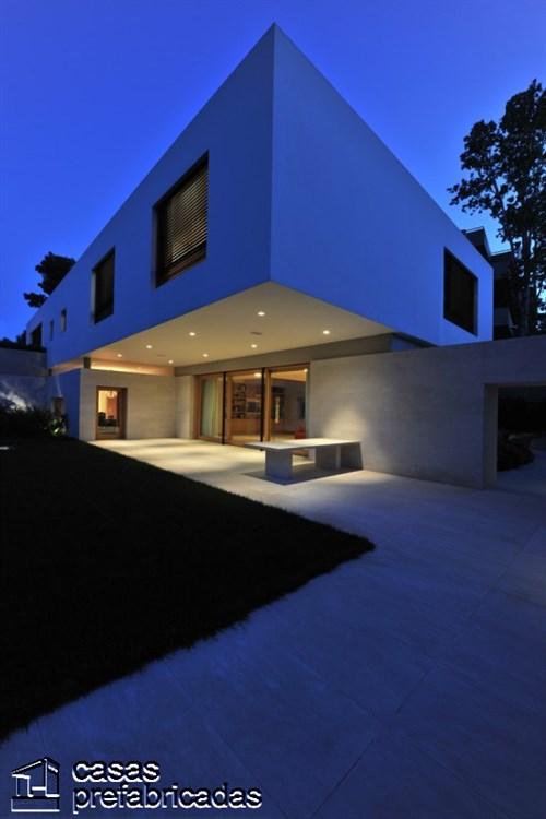 Casa Psychico creación de Iro Bertaki , Christina Loukopoulou y Costis Paniyiris en Atenas Grecia (3)