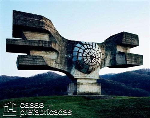 Monumentos durante la guerra en la antigua Yugoslavia (3)