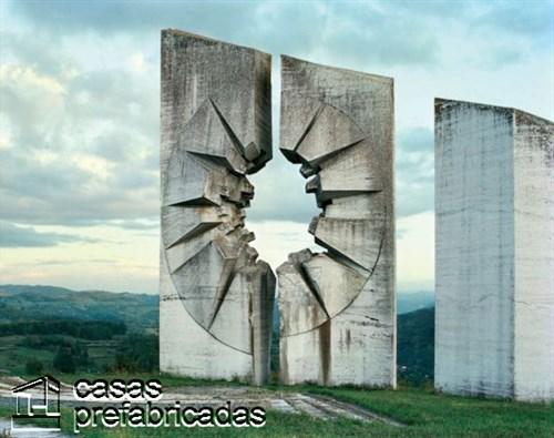 Monumentos durante la guerra en la antigua Yugoslavia (5)
