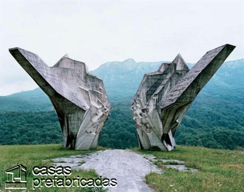Monumentos durante la guerra en la antigua Yugoslavia (7)