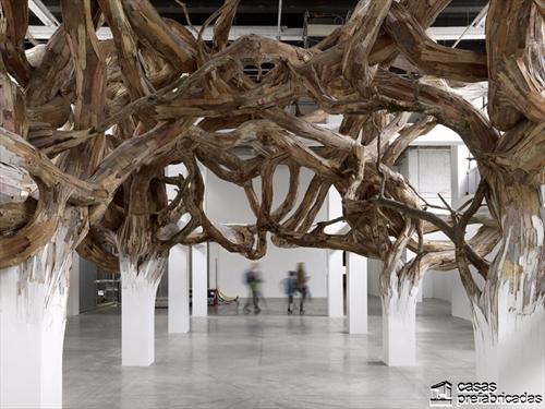 Decoración con raices gigantes en interiores (4)