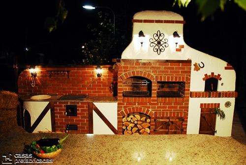 Bellas fachadas que incorporan hornos y cocinas coloniales en sus exteriores (10)