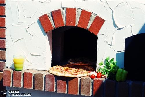 Bellas fachadas que incorporan hornos y cocinas coloniales en sus exteriores (28)