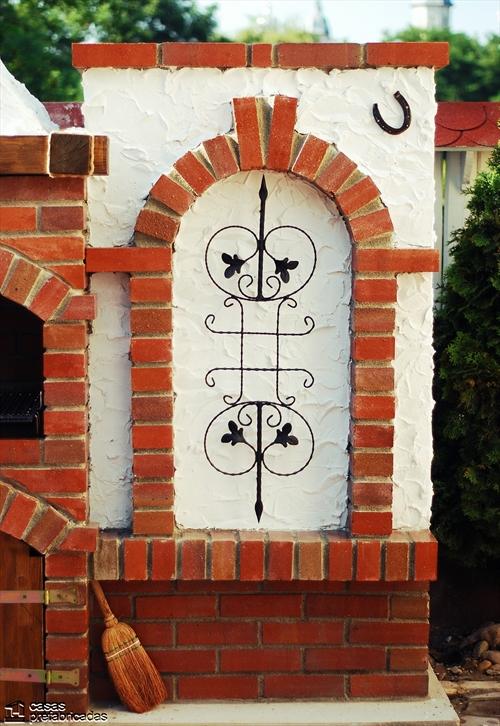 Bellas fachadas que incorporan hornos y cocinas coloniales en sus exteriores (32)