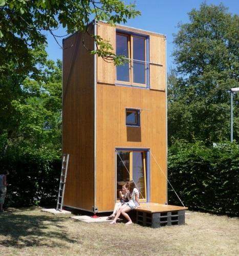 Construccion de vivienda de tres pisos con madera en terreno minusculo (1)
