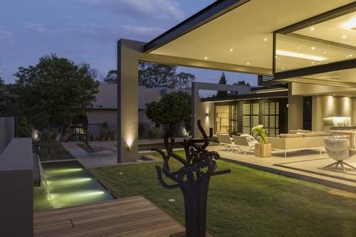 Arquitectura minimalista lujo comfort y funcionalidad residencia Sar (8)