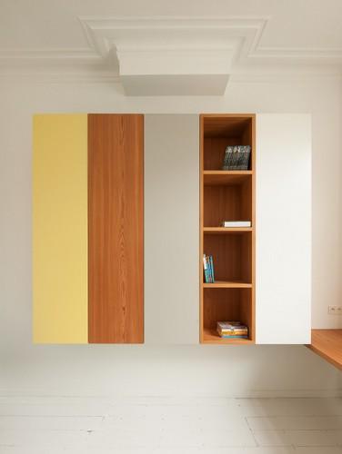 Camas instaladas en la pared en apartamento Belga de colores citricos (1)