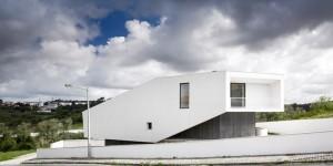 Arquitectos contaminar y su residencia con base triangular - La casa Vidigal (3)