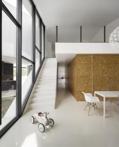 Arquitectos contaminar y su residencia con base triangular - La casa Vidigal (4)