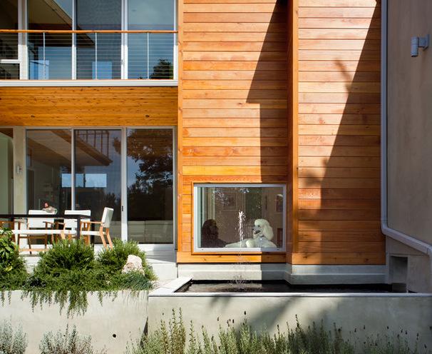 la perfección de una casa con amplias ventanas