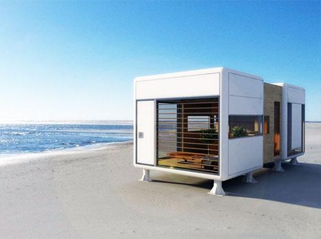 La casa al aire libre  a la orilla del mar