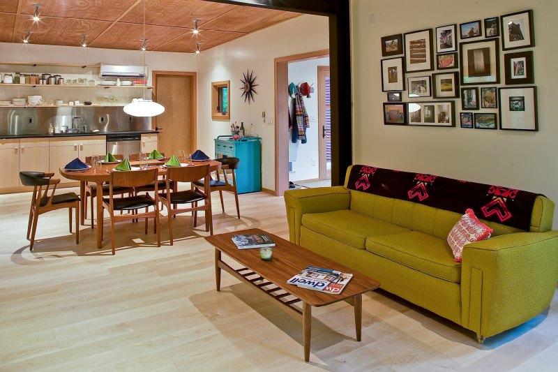 Una sala muy moderna y bonita