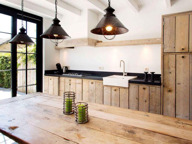 12 dise os de cocinas con muebles de madera for Disenos de muebles de cocina en madera